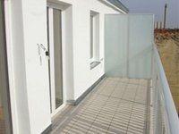 Sanierte-DG-Wohnung-Terrasse_985.jpg